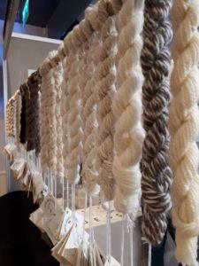 Échantillons de laine par race de mouton
