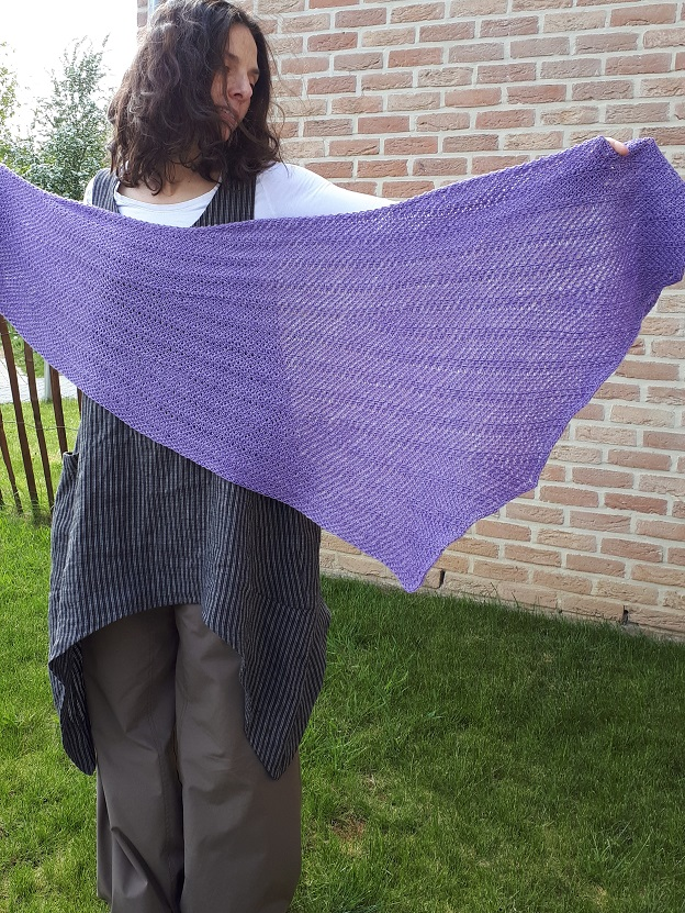 For intérieur (Deep down), Tunisian crochet pattern now available on Ravelry