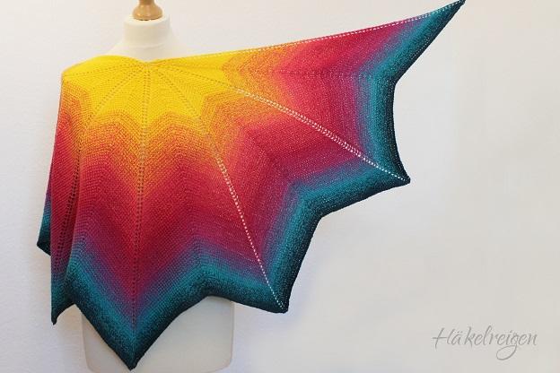 Châle au crochet tunisien, design par Silke Reibeling, alias Haekelreigen