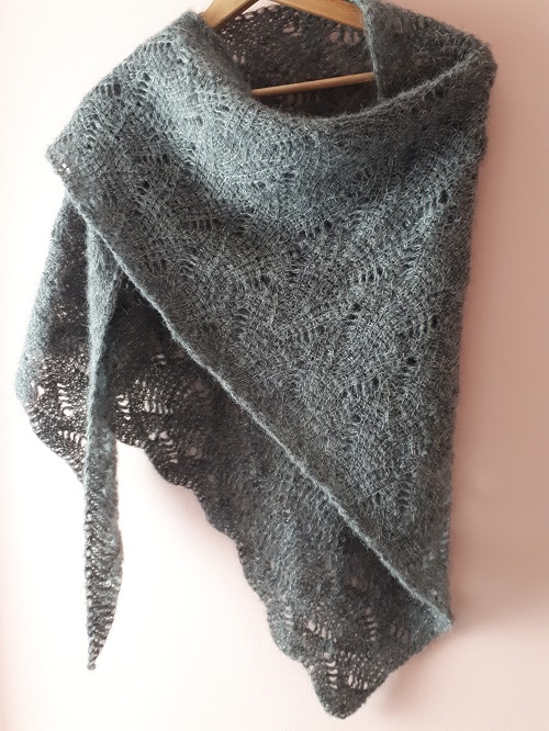 Vent du nord (Northern wind), Tunisian crochet shawl, design Rachel Henri
