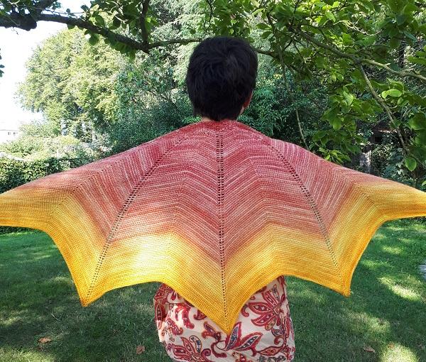Altaira Shawl, Tunisian crochet pattern by Silke Reibeling