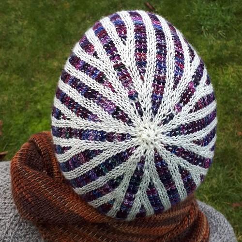 Bonnet crochet tunisien double Décagone
